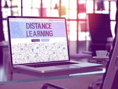How does distance learning work